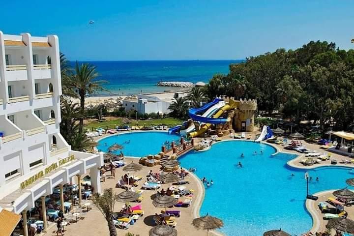 Photo of وزير السياحة : تونس لم تسجل إصابات بكورونا في صفوف السياح بسبب الإجراءات الصارمة.
