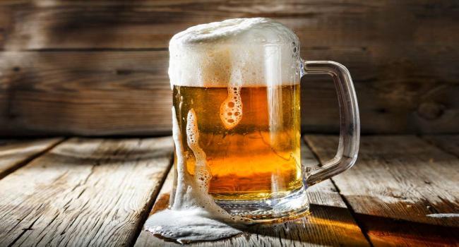 Photo of تحذير من خطورة تناول الجعة في الجو الحار
